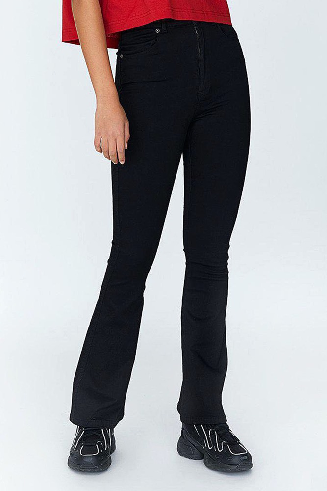 Dr. Denim Moxy Flare Black