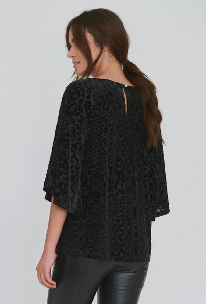 Dry Lake Gala Blouse Black Leo Velve