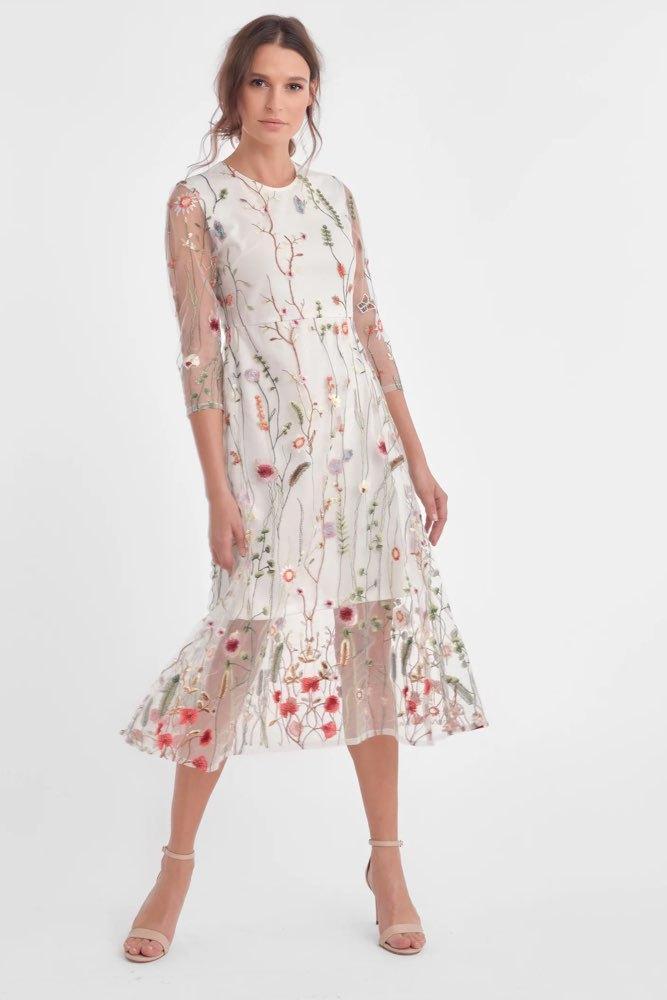 faf5e7ab05c5 Dry Lake Oak Mid Dress Flower Embroide - Klänningar - Tintinstyle