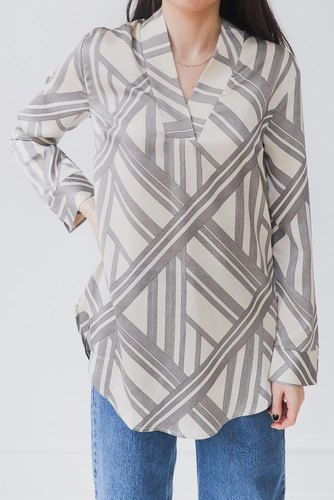 Neo Noir May Graphic Tunic Off White