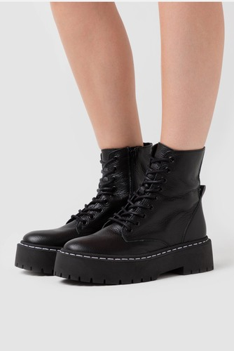 Steve Madden Skylar Boot Black Leather